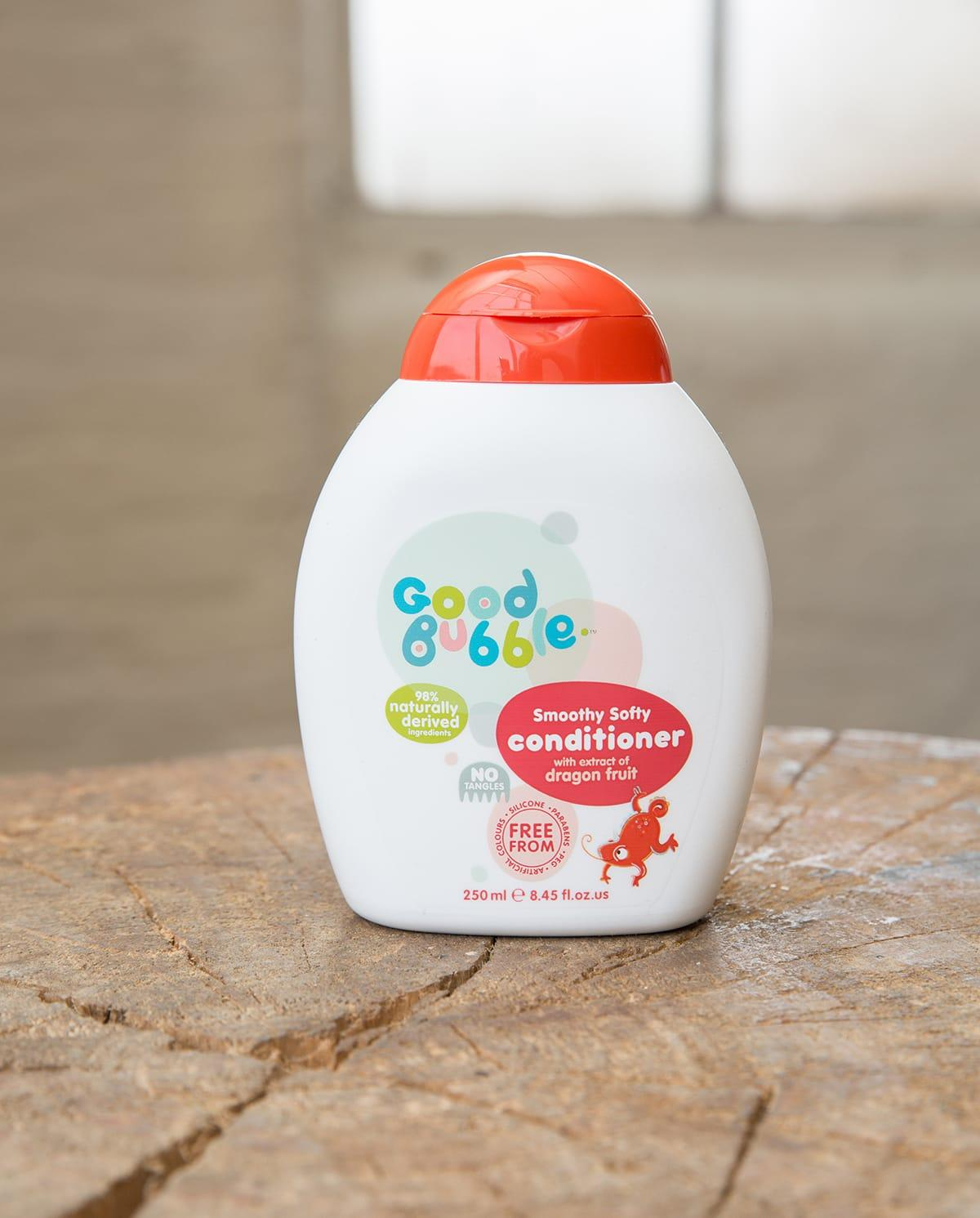 Smoothy Softy Conditioner With Dragon Fruit Extract Lifestyle